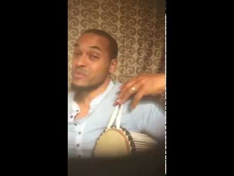 YORUBA TALKING DRUM LESSON 1 - HOW TO PREPARE FOR PLAYING THE DRUM
