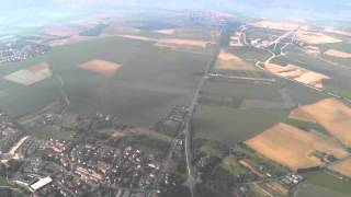 preview picture of video 'Atterrissage à Roissy le 10 juin 2013'