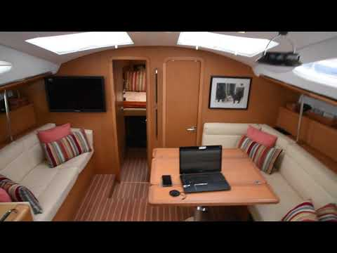 Jeanneau 50 Deck Salon video