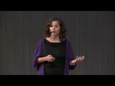 Una nueva y atractiva perspectiva del diseño ecológico | Tati Guimarães | TEDxGijon