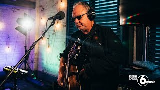 Pixies - Here Comes Your Man (6 Music Live Room)