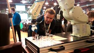 Робот разливающий водку AGHacks 2015