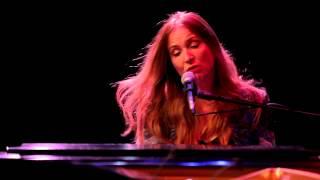 Judith Owen - About Love (Live) ft. Leland Sklar