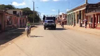 preview picture of video 'Autopista - Jaguey Grande CUBA (time lapse)'
