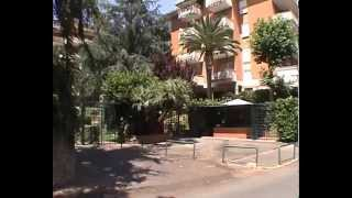 preview picture of video 'Benvenuti a CassiaHouse, Roma - Italy'
