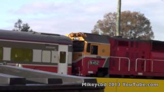 preview picture of video 'VLine Train and Locomotive  heading for Melbourne from Traralgon'