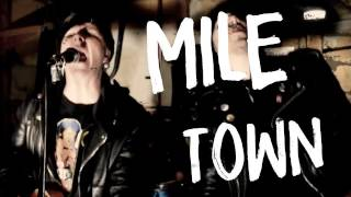 One Mile Town - daggerplay