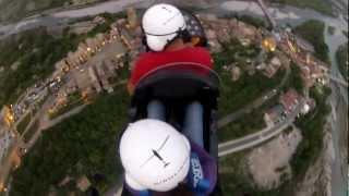 preview picture of video 'Autogiro Ainsa inauguración evento plaza con girolibre.es'