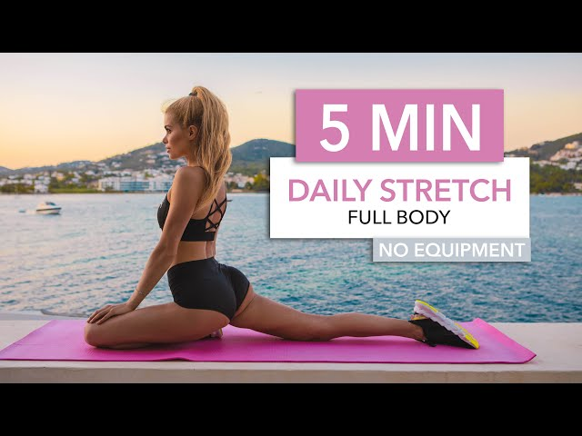 5 MIN DAILY STRETCH – a super quick routine for every day / No Equipment I Pamela Reif