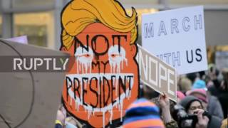 USA: 600,000 march against Trump in NYC
