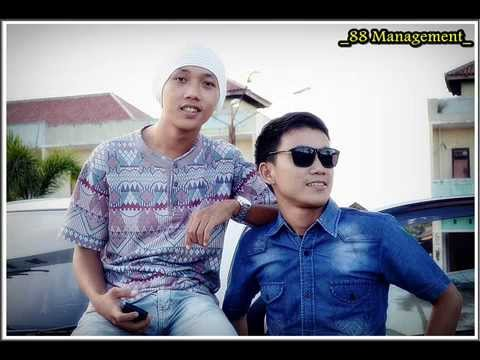 TIARA MUSIC DJ Syarif,Billy,AjoIyo88 Metro 2 Mp3