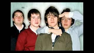 Choo Choo - Arctic Monkeys (Remastered)