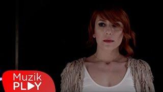 Burcu Tatlıses - Ay (Official Video)