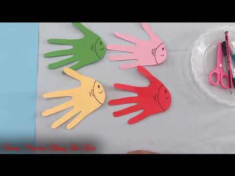 Hướng dẫn trẻ 5-6 tuổi  cắt, dán đàm cá