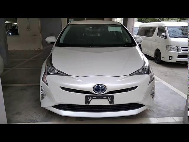 Toyota Prius S 2017 for Sale in Karachi