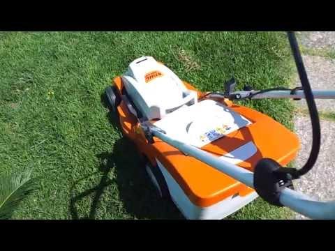 Corte com Cortador de Grama à Bateria Stihl - Stihl Cordless Lawnmower Trimming