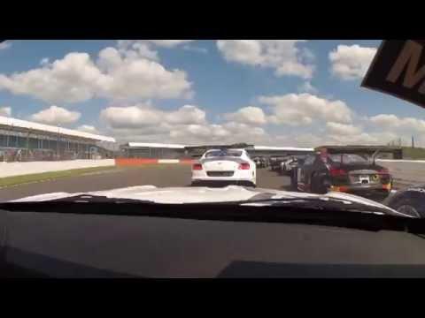 Silverstone: la Bmw di Amos chiude sul podio