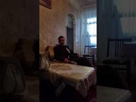 Армянский дед читает прикол про женщин