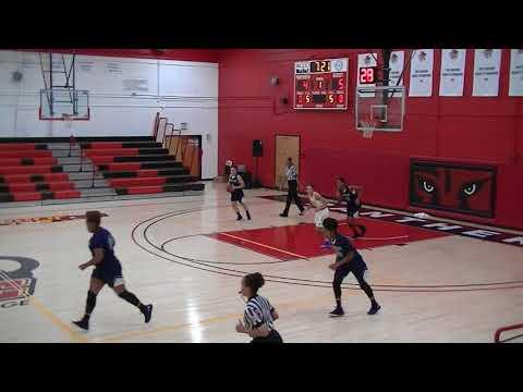 Monroe College vs Chesapeake College (Women's) 2 Dec 17 1st Quarter