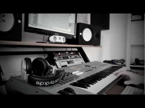 ALLROUNDA Productions - Making A Hiphop Beat (Episode 4) www allrounda com