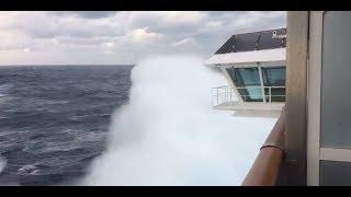 Сквозь шторм на круизном лайнере \ Through the storm