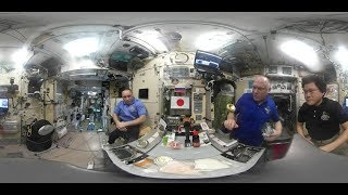 How to make sushi in zero gravity (360 video)