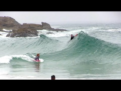 Skimming into CLEAN wedges on bodyboard w/ BLAIR CONKLIN