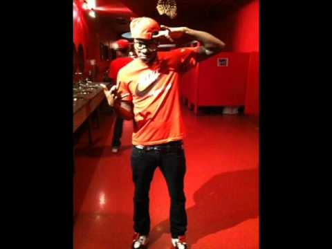 Nard Gudda ft Yung Fame Riiyoo - 2 FINGERS