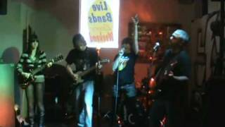 There's Gonna Be Some Rockin' - Live Wire