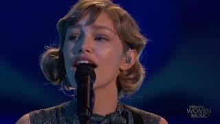 Grace VanderWaal - Moonlight - Live Billboard Rising Star Award 2017