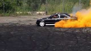 preview picture of video '20. VW-Pfingstreffen Bautzen 2014 - Burnout II'