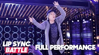 "Kathy Bates' Fly Performance of ""Hip Hop Hooray"" by Naughty by Nature 
