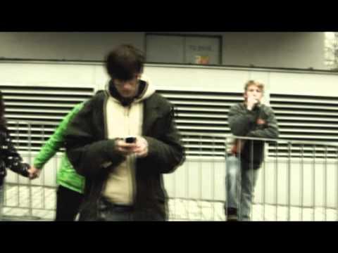 Airbag - Facebook (Oficiální videoklip)