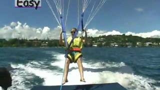 preview picture of video 'Vanuatu  Port Vila Parasailing'