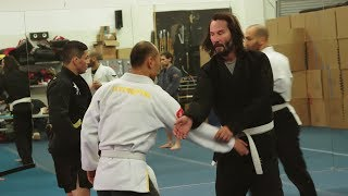 Keanu Reeves Training For John Wick 3 Behind The Scenes