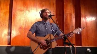 Josh Pyke - Warm In Winter (Unplugged At Music Feeds Studio)