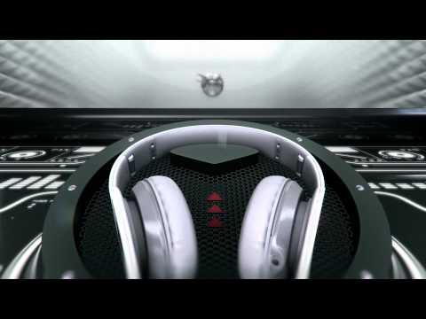 HTC Sensation XL- Reveal