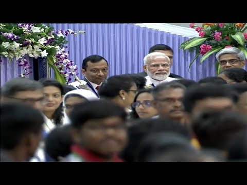 PM Modi received with Modi Modi chants by IIT Madras students in Chennai during convocation function