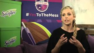 "Sarah & Swiffer encourage ""Yes To The Mess!"" (03.02.16)"