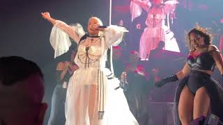 Christina Aguilera - Liberation Tour - Let There Be Love  (Live)