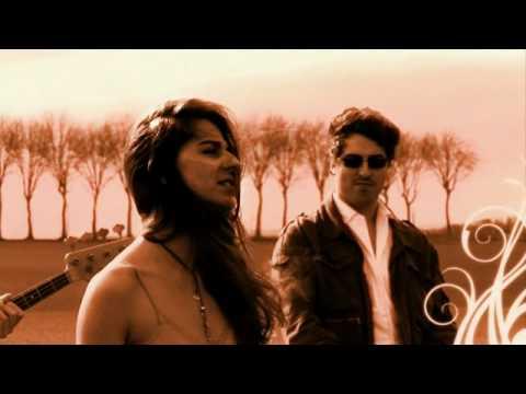 Clémence Avril CLIP J'prends rien à personne Chanteuse française nouveauté 2011