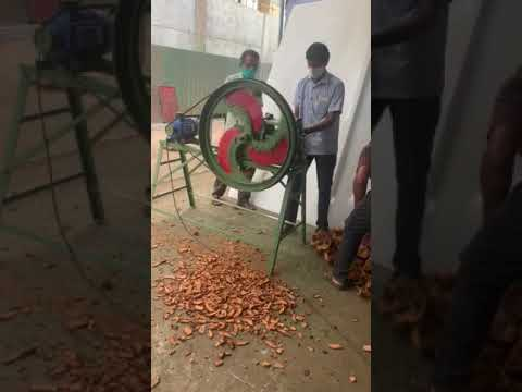 Coconut Husk Chips Cutting Machine 3 Blade (With Motor)