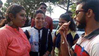 Shahrukh Khan's Fans In Front Of Mannat With Sonu Qureshi