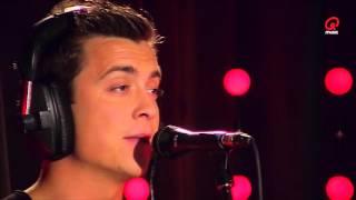 Niels Destadsbader - Hey Pa (live bij Q)