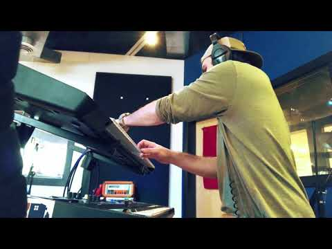 Dialogue Wurk -- Studio Video