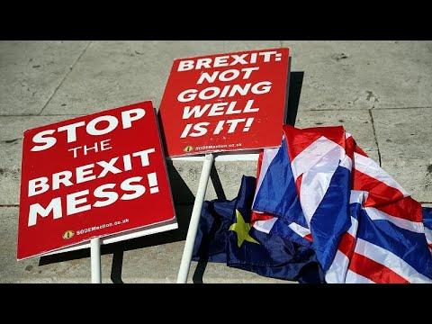 Brexit: Καταθέτει νομοσχέδιο για τη συμφωνία αποχώρησης από την ΕΕ η Τερέζα Μέι…