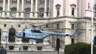 Kroatischer MI-171SH landet am Heldenplatz