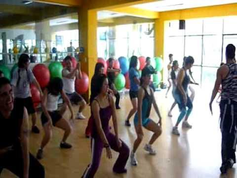 Que hacer los ejercicios que adelgacen las pantorillas de los pies