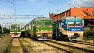 Фотослайд Электропоезда ЭР2Т 7175, ЭР2Т 7187, ЭР2Р 7068 на Горьковском направлением прошлые времена