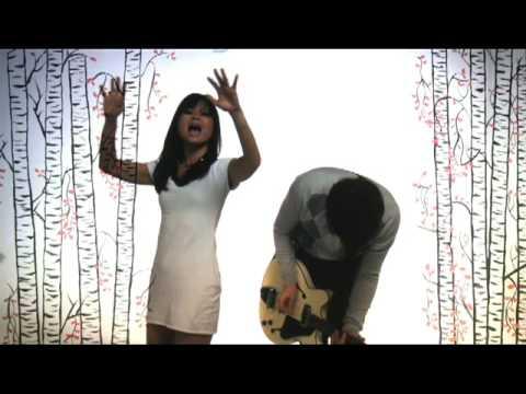 """Asobi Seksu - """"Me & Mary"""""""